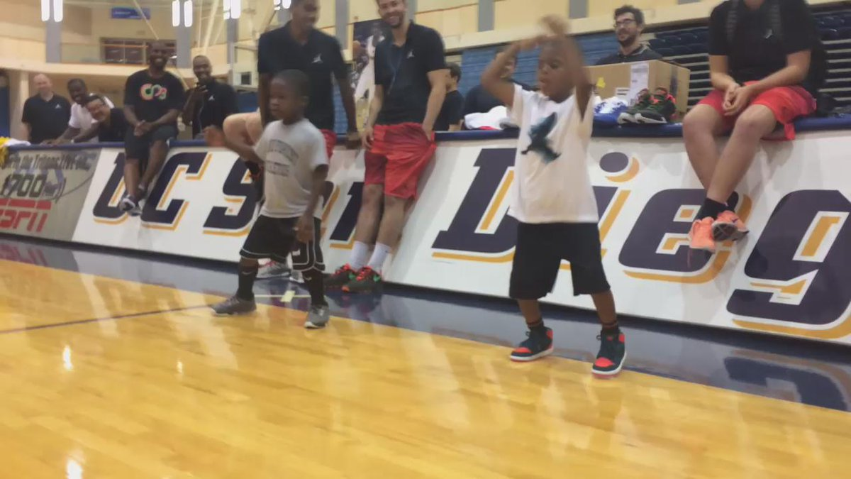 Lil Chris and JR killing the dance-off at @CP3Camps!! http://t.co/zA5eZeHy66