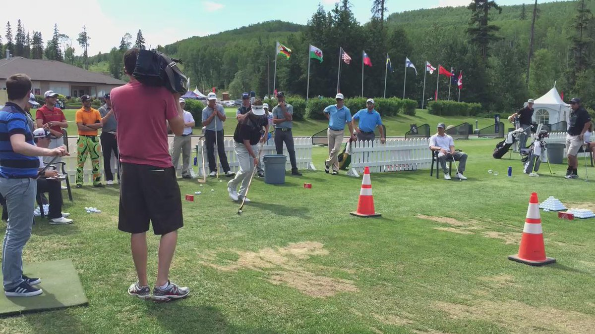 Golf and hockey combining on the range here at the #SBOYMM. Stay tuned for more (cc. @theplayerscup). http://t.co/4ruFsN9PcS