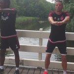 De Ajacieden trainen hun spieren! #bosloop #Ajax http://t.co/2zXHVV8ycF