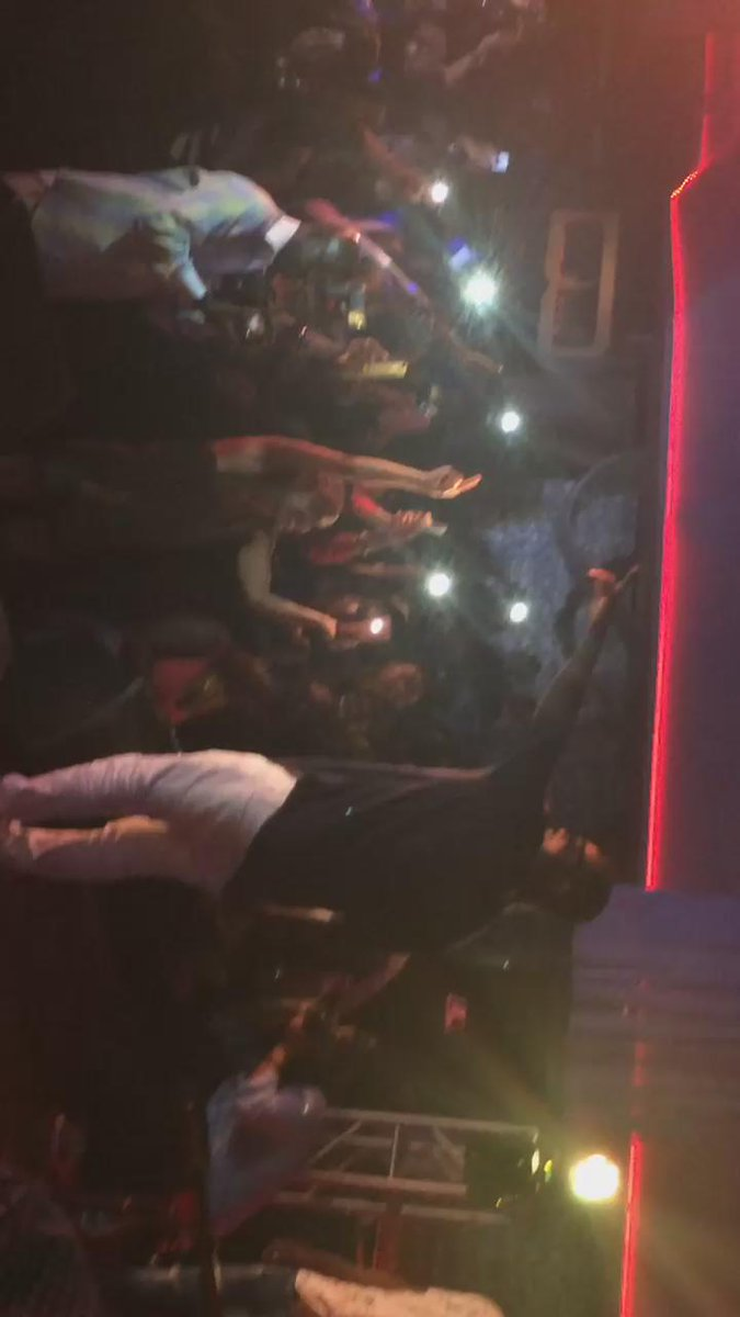 Sarkodie performing Adonai!! @Savoyinglewood peace to @CastroDestroyer