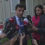 #Demirtaş: Biz, MHP ile ülkemizin her sorununu aynı masada konuşmaya hazırız. http://t.co/Agc90Fa7ZM
