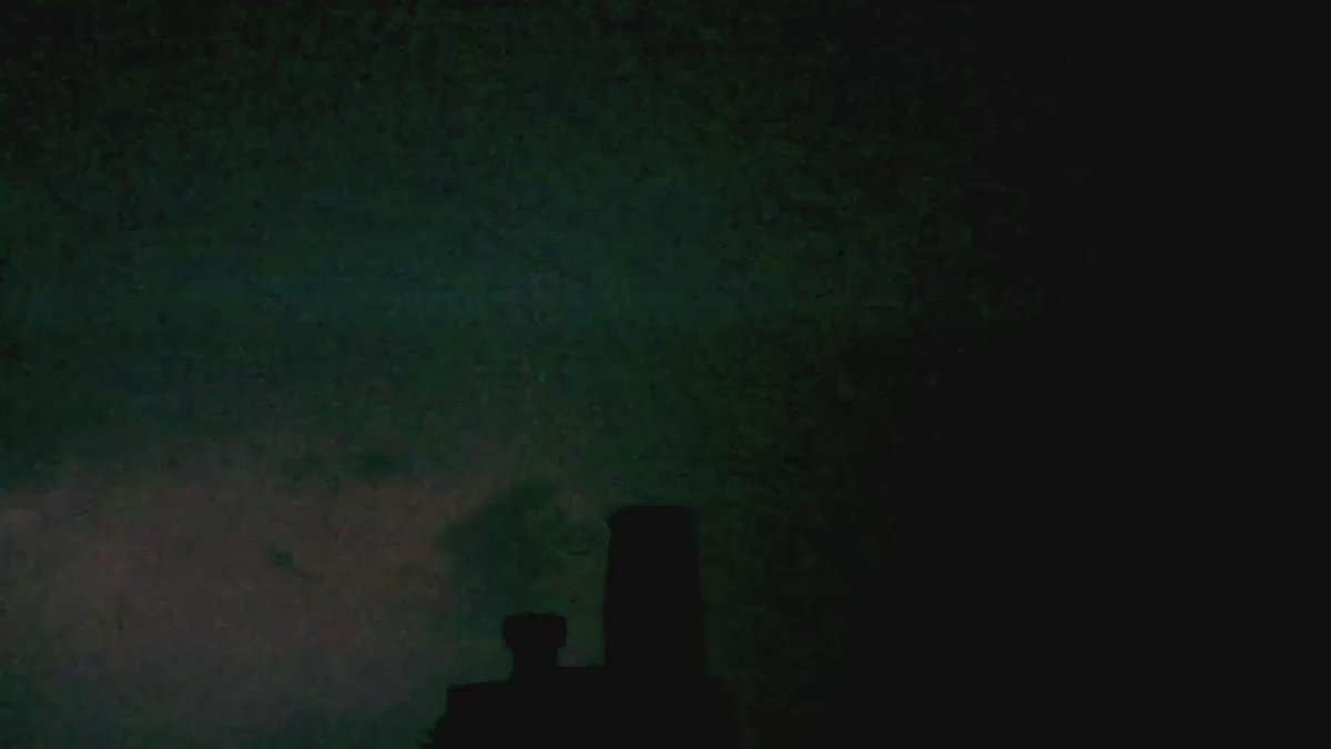 Crazy thunderstorm over Manchester right now! http://t.co/e4OQ14ruCn
