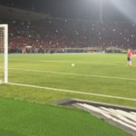 شوية احترام يا #سانشيز 🎼❤️  #Chile2015 #Chile #Alexis #Sanchez #Arsenal  http://t.co/e5h66EN6Dr