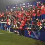 23 guerreros y todo un país lo celebra: #ChileCampeonDeAmerica http://t.co/TGt2D0KSTP