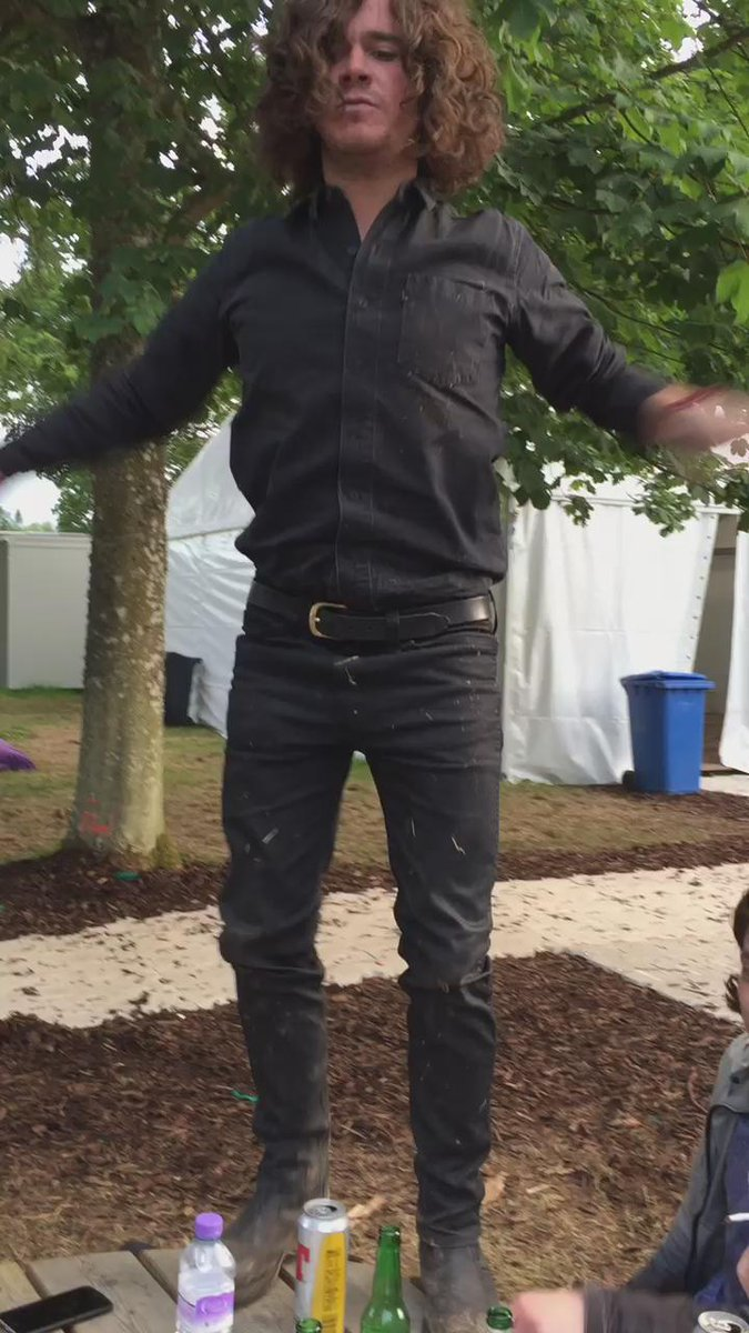 Quiet and reserved scenes backstage @Tinthepark #backflip #TheView http://t.co/AaQA2uOB7l