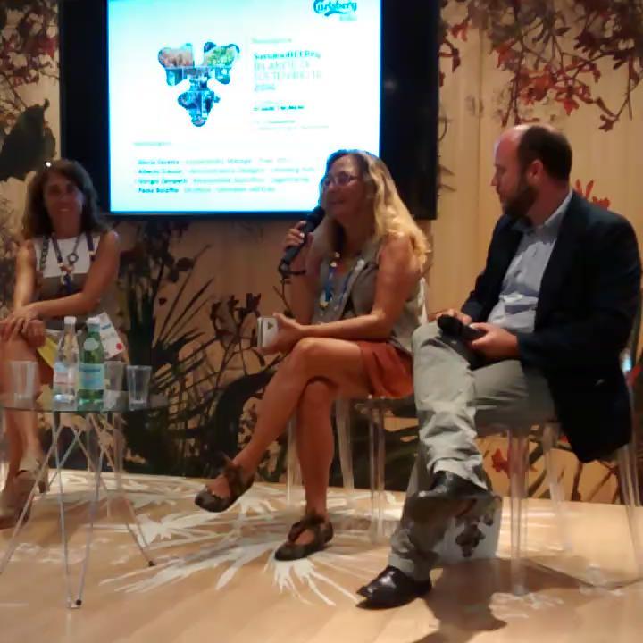 @gnellerba orgoglioso aver tradotto #sustainabeerity @carlsbergitalia! http://t.co/x9YiK86Su0