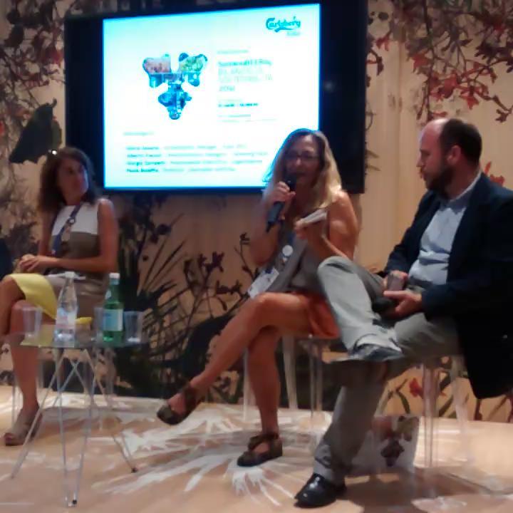 """@pbolaffio su '""""avventura"""" #gnelab di traduzione #sustainabeerity @carlsbergitalia http://t.co/ALc6v04AJM"""