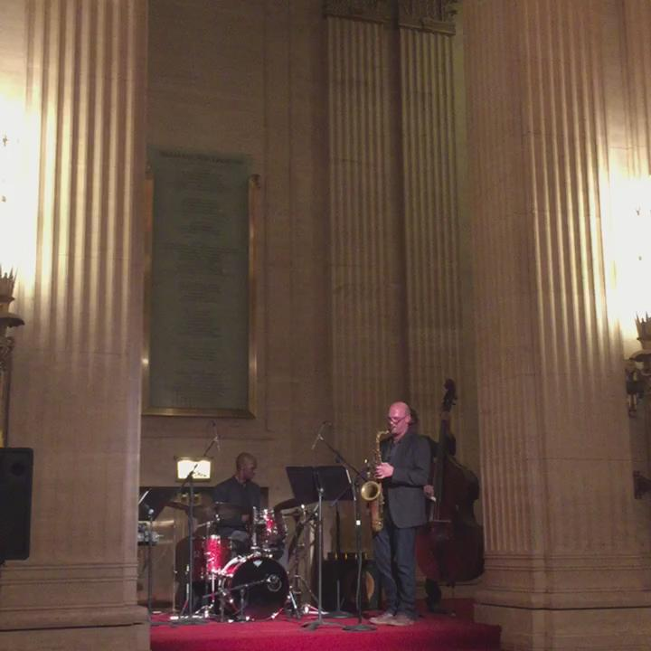 """A jazzy version of @Beyonce's """"Irreplaceable"""" at #LyricAfterHours by The Zimmerman Quartet. http://t.co/DuilswjoHG"""