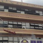#MMShakeDrill MANILA – Wounded volunteer rappels down from 4th floor via @AicaDioquino http://t.co/0XOvhpCJlp http://t.co/O0m6fk2Smh