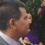 Kebimbangan yg dikongsikan Datuk Abd Aziz Syeikh Fadzir ketika ditemui media di hadapan rumah TSMY @501Awani http://t.co/fx7DyJoIVI