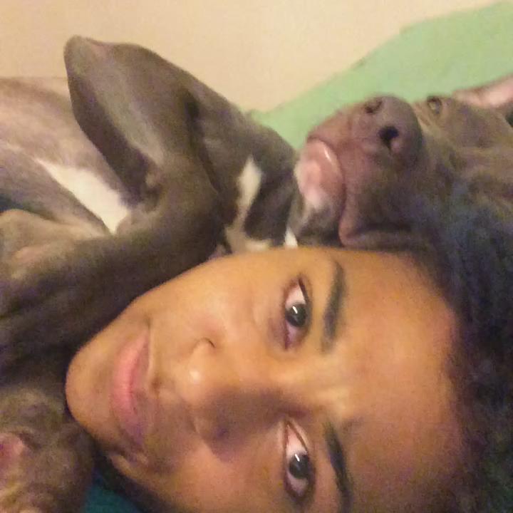 LMAOOOOOO RT @HeyYB_: @MRLAVALAND RT @DarthVenn: Crying RT @dreaF_: When a nigga come home from cheating...  https://t.co/xyDIoCMnV8