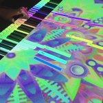 ピアノインタラクティブプロジェクション。夢がありますねー。少し弾かせてもらったけど、楽しかった!! #mft2015 http://t.co/Od0PTl85bZ