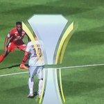 La jolie passe à laveugle de Zlatan Ibrahimovic... #PSGOL http://t.co/rQQqYDkqz0