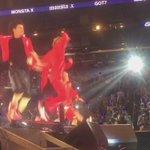 GOT7 VS MONSTA X DANCE BATTLE ENDING HOLYYYY SHIT IT WAS THE HOTTEST THING EVER!!! #KCON15LA #KCON #GOT7 http://t.co/NE43Jg8gUf