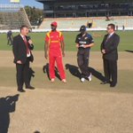 The toss between the @BLACKCAPS and @ZimCricketv for ODI no.2 in Harare #ZIMvNZ ^PT http://t.co/dPbh5aR9Yw