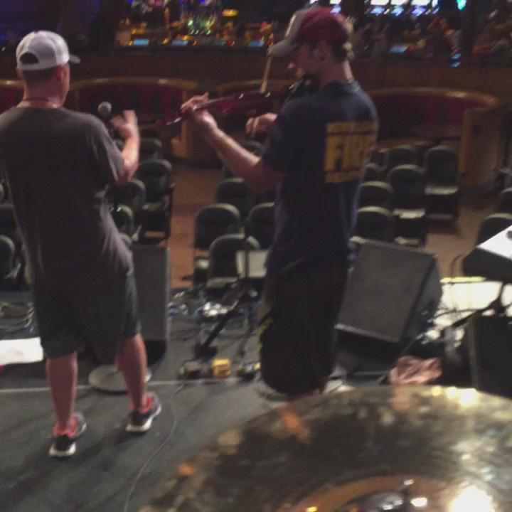 Dreamy #JesseSpencer on fiddle http://t.co/mXGvzSvdeg
