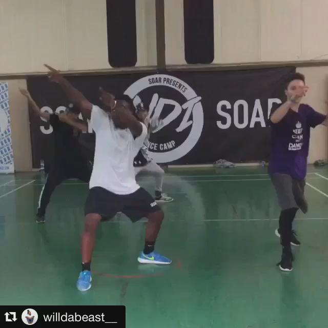 "Dancing with @WilldaBeast__ @Zaihar @DylanMayoral in @bam_martin select for ""ooh kill em"" JHEEZE! Fav class ever ! http://t.co/k805j3cOsC"