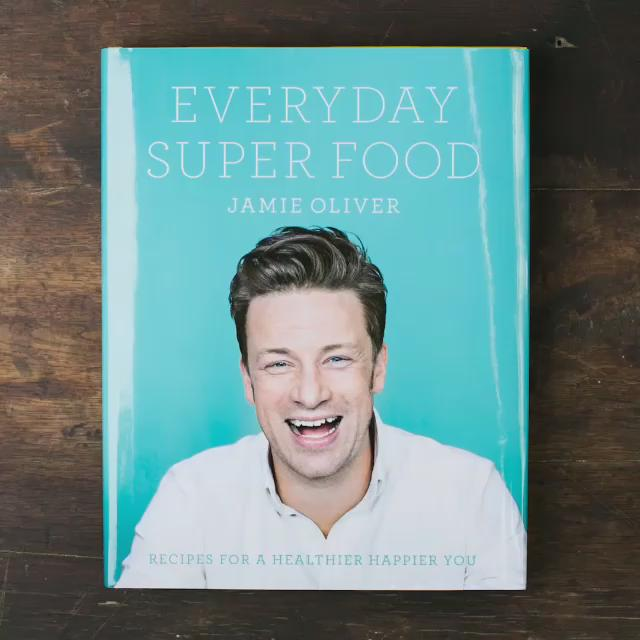 Out today guys my new book Everyday Super Food http://t.co/wNM3rASXNX #JamiesSuperFood j x http://t.co/jOmodnxepd
