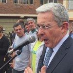 Tenemos todo el afecto con el hermano pueblo de Venezuela en medio de la diferencia. En Bogotá. http://t.co/z658FMfvsS
