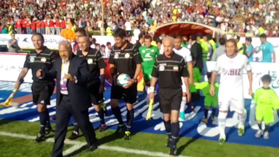 RT @LuisFigo: Thanks #Iran!  World Stars vs Iran Stars http://t.co/vCowUWlGrS
