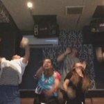 カラオケだぞwwww  なに世界大会Levelの ダンスを披露してるんだ…  かっこよすぎる😂✨ 上手いと思ったらRT http://t.co/CEEByHKApk