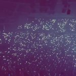 """@BigSean That crowd though, look at all those lights!!! """"One Man Can Change The World"""" #NorthCarolina ???????????? http://t.co/IeJrWenQFd"""