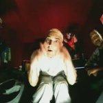 Eminem - The Real Slim Shady https://t.co/fTyrbuexzg