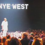 KANYE FOR PRESIDENT 2020!! @KanyeWest #VMAs (Copyright MTV) http://t.co/SBHo1Vaige
