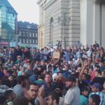 Situation in Keleti like a broken record: #refugees vs police standoff. #Hungary #trainofhope http://t.co/7kjRZZc15l