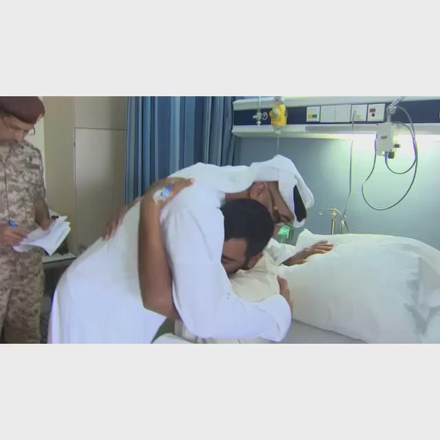 استمعوا لما طلبه هذا الجندي من الشيخ محمد بن زايد