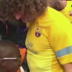 Old but Gold. A blind boy recognises every Barcelona player by touching them ???????? https://t.co/fE8o3NTCWw