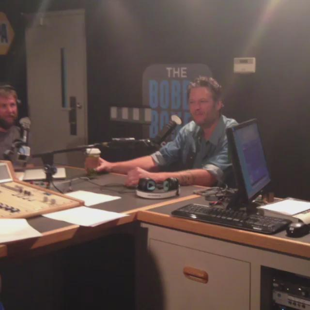 In studio and @blakeshelton is calling out @mrbobbybones for being weird!! @bobbybonesshow http://t.co/V2QUFYl2YZ