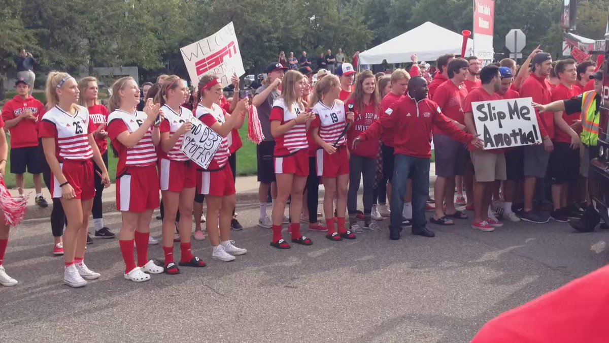 A HUGE Collegeville welcome to @espn's #SContheRoad. #Johnnietommie http://t.co/NbAUOfc7ik