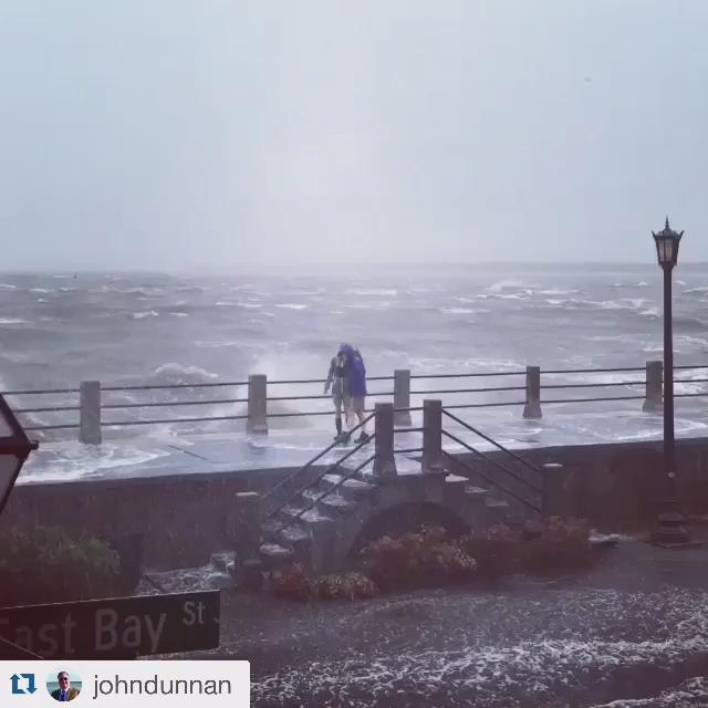 Please don't be like these folks. Pop corn. Read a good book. #Joaquin #Charleston @HolyCitySinner http://t.co/QVuo3MwYbZ