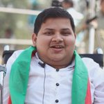 PTI disability wing member attending todays #NA122 jalsa & sharing his hopes and determination to help PTI win! http://t.co/EyzdsxemX0