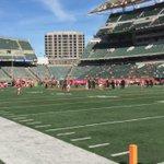 Dalton throwing pregame. #Bengals @FOX19 http://t.co/SVkkCzhc42