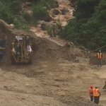 """""""@EmisorasUnidas: #TragediaElCambrayII Crecida de río Pinula dificulta la labor de los cuerpos de socorro http://t.co/GJjNCSoP7O"""""""