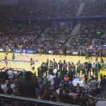 ¡Espectáculo en el Barclaycard! #HalaMadrid #NBAMadrid http://t.co/Z22KThBEzV