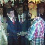 Davutoğludan taşeron işçiye: Taşeronsun ama telefonun var! http://t.co/emX4VvGH2A