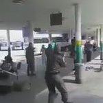في هذا المقطع، لغة عبرية، ورصاصات عبرية، وامرأة حامل فلسطينية تستشهد. في هذا الفيديو إعدام فلسطينية بدم بارد. http://t.co/9Fgzd7qIN5