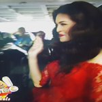 ENTRANCE OF A BEAUTY QUEEN. JUSKOOO! THAT SMILE, MENG! ♡ #EBDabarkadsPaMore http://t.co/iVmFBnolJA