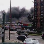 Incendio y explosiones en Avenida Italia y Propios. http://t.co/cCotGMd0B9