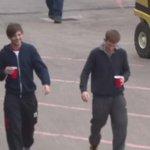 Vídeo de Louis y Oli afuera de la arena hoy 10/Octubre, en Birmingham WN1D~M #EMABiggestfans1D. http://t.co/l6Qfu70XEd