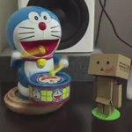 ドラえもんが叩く「紅」。 #XJapan #紅 @YoshikiOfficial http://t.co/xpZImfqPq1