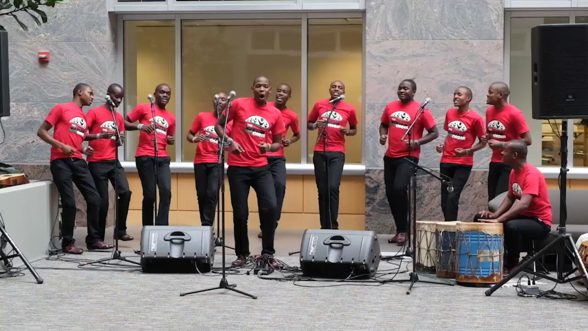 Jambo! Such a delight to hear the amazingly talented @BoysChoirKenya. And learn a few dance moves too! @weday http://t.co/2Pe7PoiSsV