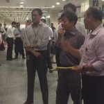 Transport Minister Khaw Boon Wan @ Tiong Bahru to observe Ground Deployment Exercise. http://t.co/d0XtxxQP0J http://t.co/vRlFXUTgVF
