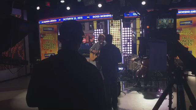 A little behind the scenes look at @chriscornell & @encausticcello working out a bumper for @GMA today. https://t.co/KtupkNmpFm