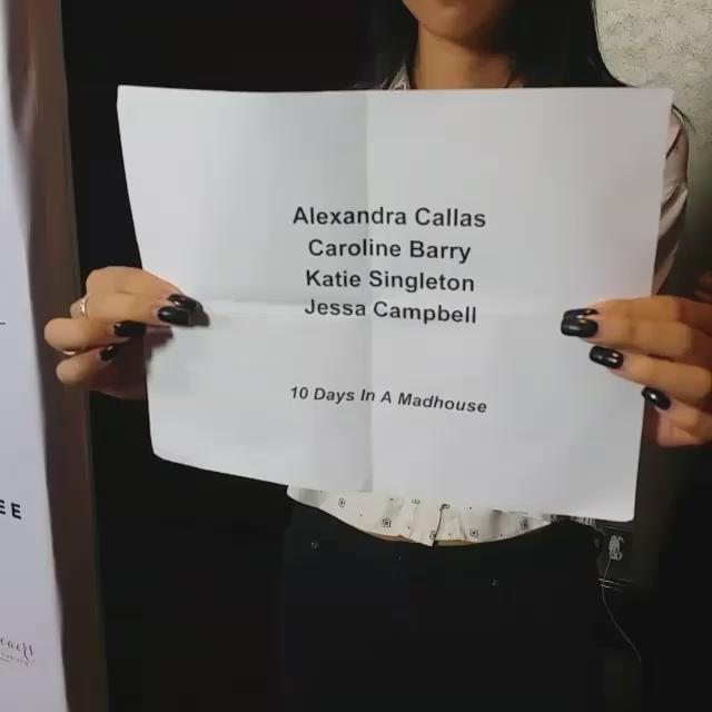 @CarolineB007 arrives #PiaGladysPerey #montmartefashiongroup #fashion show #BeverlyHills https://t.co/pRsMWIVVXo