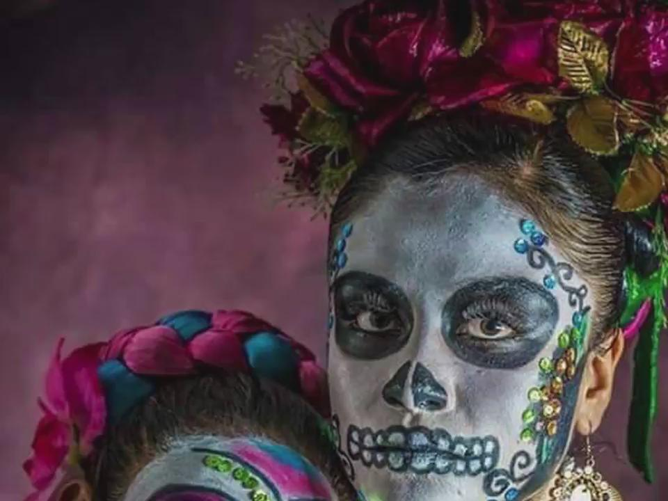 #DiaDeMuertos just started! Show us how committed you are to your skull look and let's celebrate. #LiveItToBelieveIt https://t.co/JuJ8Jg23e2
