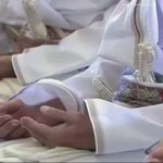 جلالة السلطان: نسأل الله سبحانه وتعالى أن يكلأ عمان الحبيبة بعين رعايته وعنايته، وان يدفع عنها كل سوء ومكروه. https://t.co/PEpSJ2QFgb